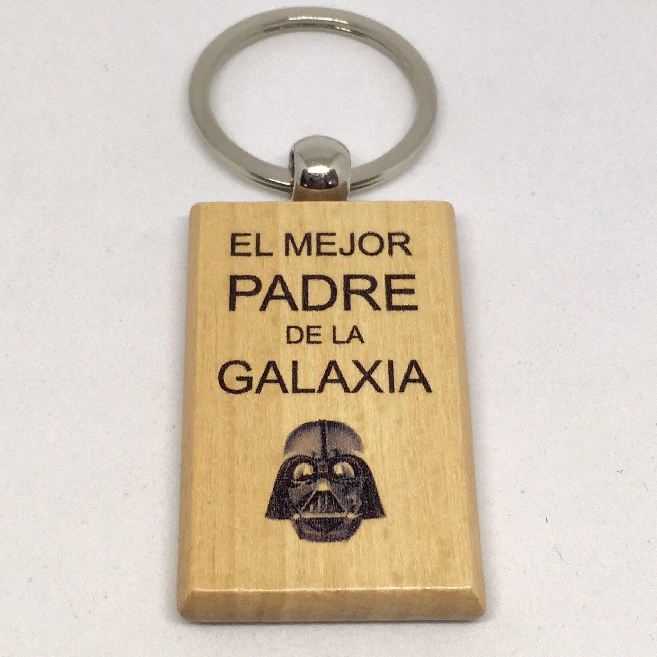 """Llavero en madera """"el mejor padre de la galaxia"""""""
